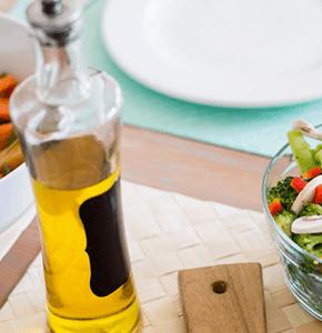 Aceite de oliva en el comedor