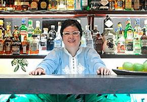 Chef Vicky Acosta feliz