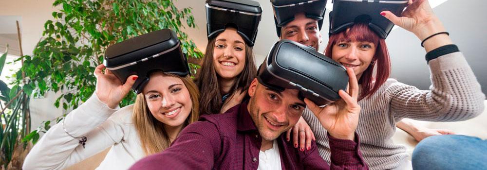 grupo de personas en realidad virtual